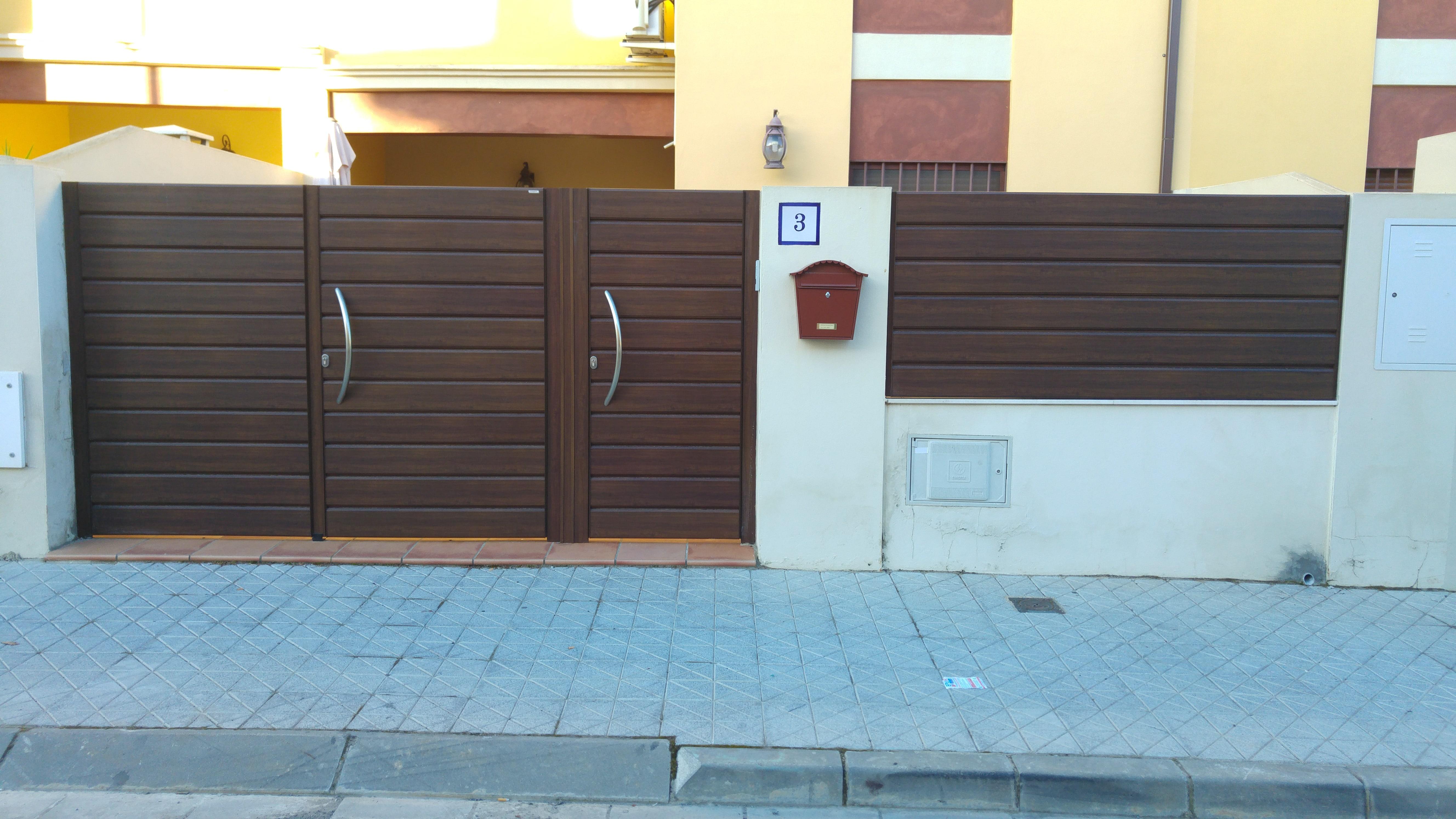 Portales de madera para fincas latest resultado de imagen para portones de madera hierro - Puertas de garaje precios segunda mano ...