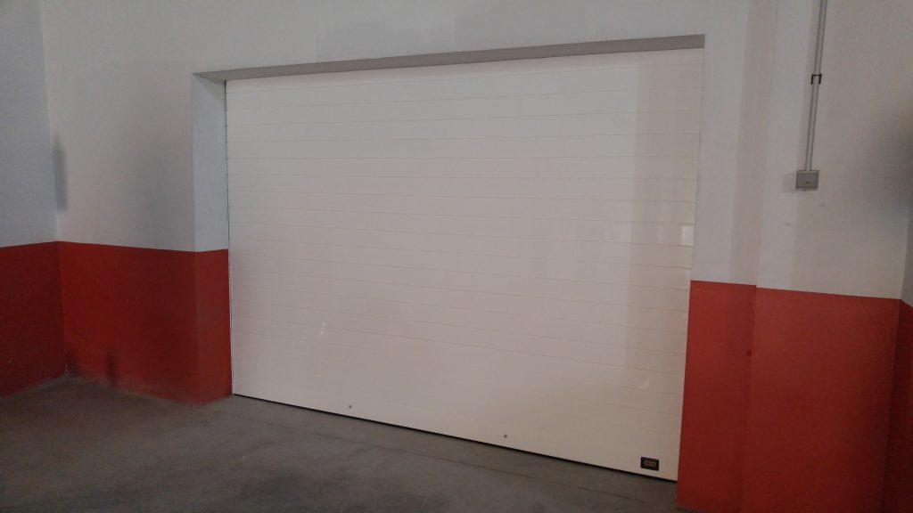 puerta de garaje automática en sevilla